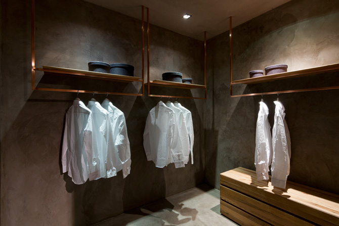 Foto showroom for Cabina di 300 piedi quadrati